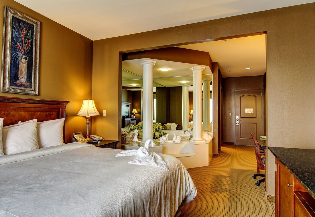 Gallery - Hotels Near Wildwood Mo